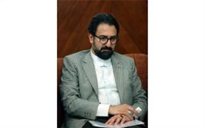 معاون هنری وزارت ارشاد نشان هنریاش را برگرداند