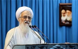 آیتالله موحدی کرمانی: همه با رهبری آمریکا دست به دست هم دادهاند تا انقلاب را نابود کنند