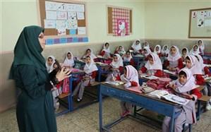 کواکبیان، نماینده  تهران  بیان کرد: تلاش مجلس برای همسان سازی حقوق معلمان