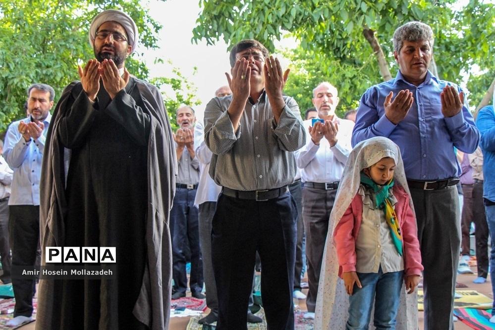 اقامه نماز عید سعید فطر در ارومیه