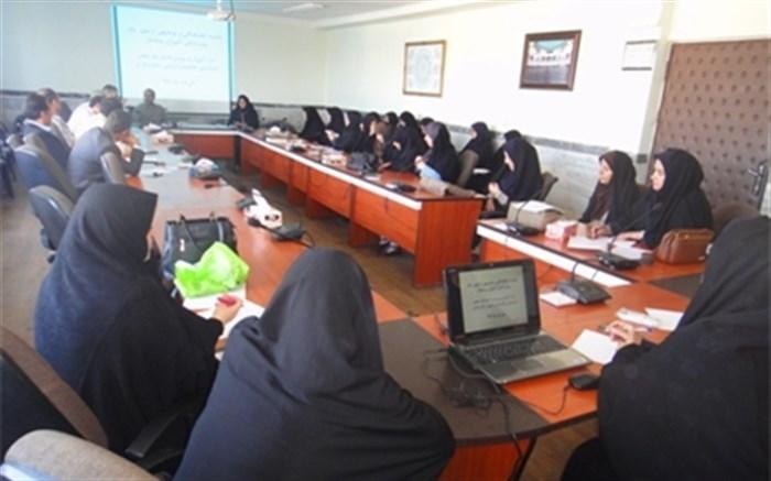 برگزاری جلسه ی توجیهی مربیان پیشتاز ناحیه یک زنجان جهت مهارت آموزی به دانش آموزان