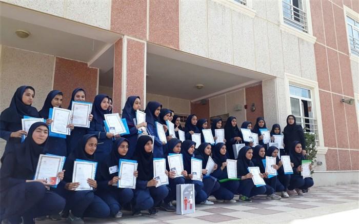 مسابقات نقاشی و مقاله نویسی توسط سازمان انتقال خون قزوین برگزار شد