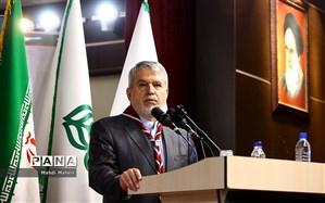 صالحی امیری: از ابتدا اشتباه کردیم؛ ریل توسعه از ایستگاه آموزش و پرورش آغاز میشود