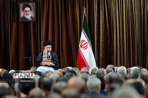 دیدار وزیر امور خارجه، سفیران و مسئولان نمایندگیهای ایران در خارج از کشور با مقام معظم رهبری