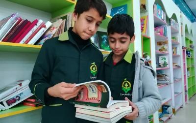 اجرای طرح آشتی با کتاب در آموزشگاه امام حسین (ع)
